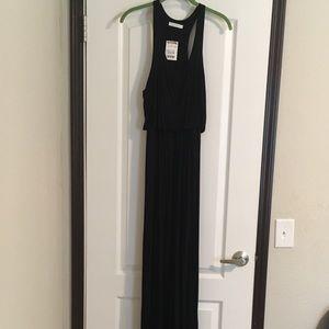 Black Maxi Dress SZ-M NWT Never Worn